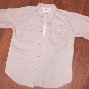 Boys Columbia button down shirt size Large